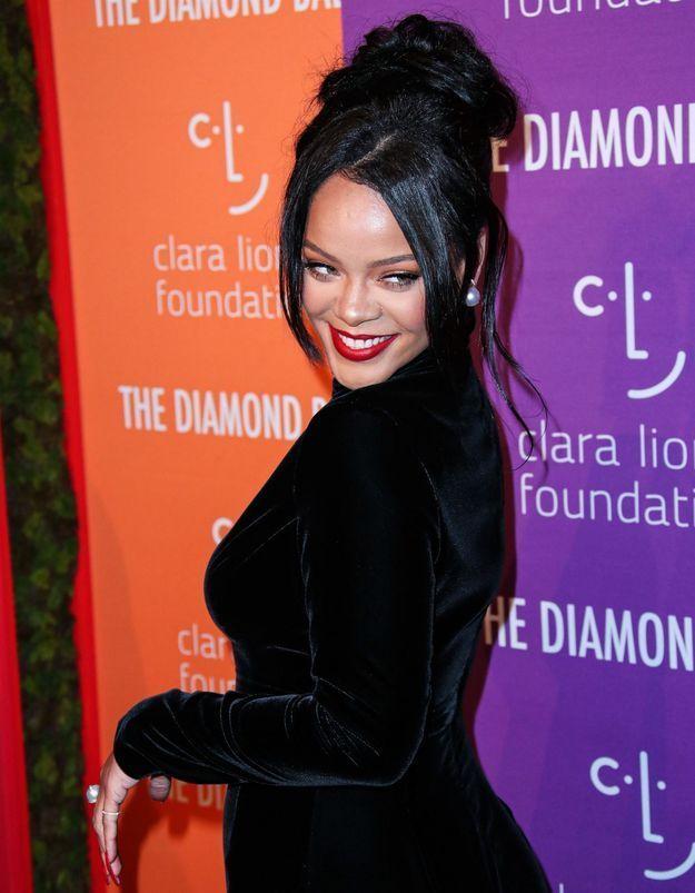 Rihanna est-elle enceinte? Voici la photo qui affole la toile