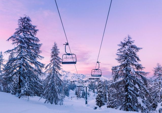 """Résultat de recherche d'images pour """"station ski"""""""