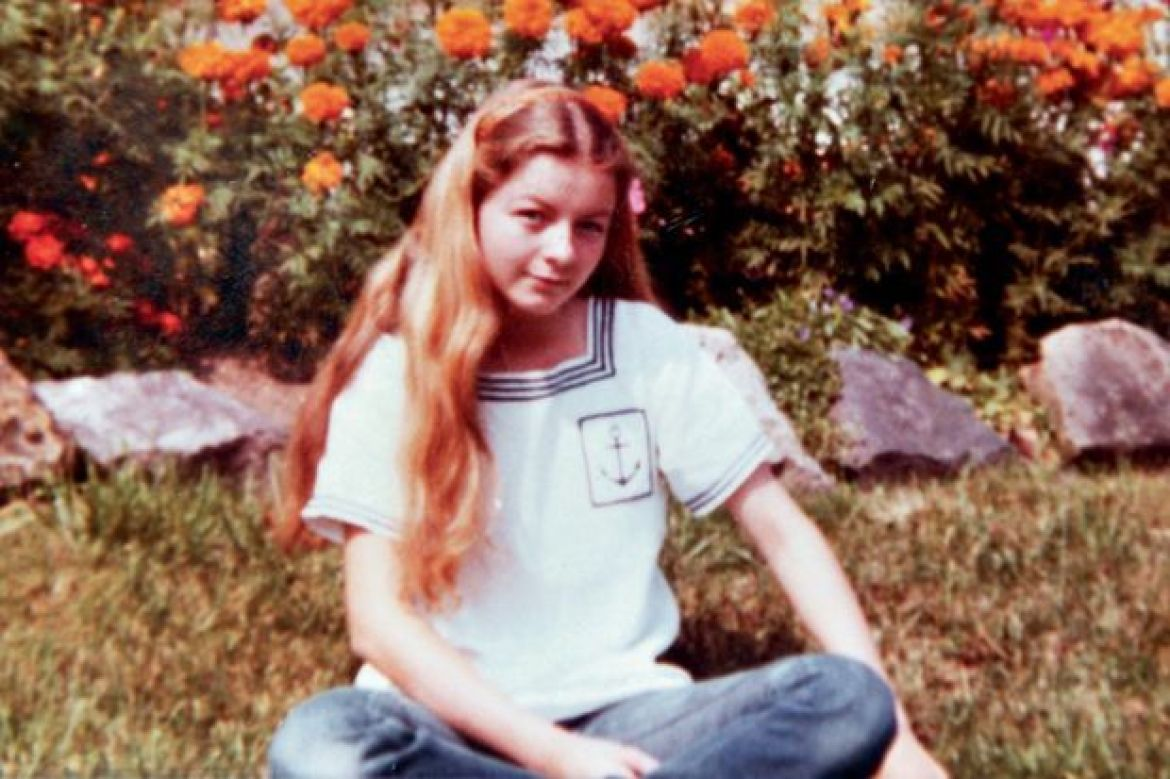 In 1987 Françoise Hohmann, 23, disappeared. She had also played at Jean-Marc Reiser's door.