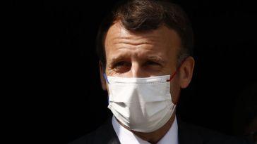 Macron assure qu'il faut «accompagner les gens» et reconnaît des «erreurs»