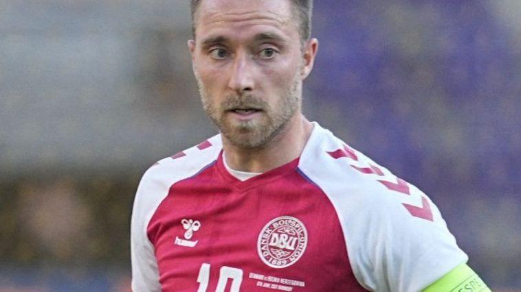 Le footballeur victime d'un malaise cardiaque en plein match de l'Euro 2020…