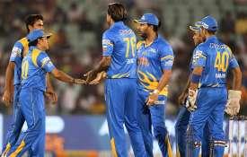 Sachin Tendulkar Yuvraj Singh India Legends In Final Of Road Safety World Series - India TV Hindi