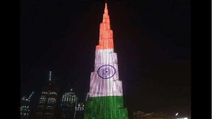 वीडियो: स्वतंत्रता दिवस पर दुबई के बुर्जखलीफा की सलामी, दुनिया की सबसे ऊंची इमारत पर लहराया तिरंगा