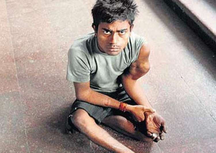 meet pappu the crorepati beggar who gives loans to businessmen- India Tv