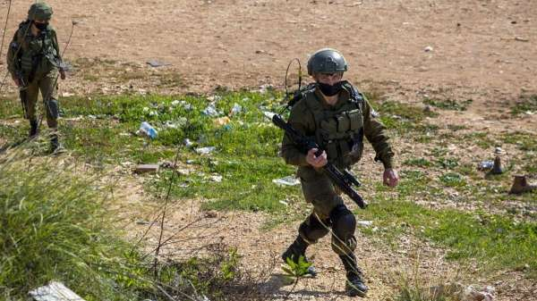 Israeli soldiers wreak havoc on Palestinians during clashes
