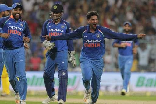 2nd Odi Kuldeep Yadav S Maiden Hat Trick Sinks Australia India Go 2 0 Up In 5 Match Series Cricket News India Tv