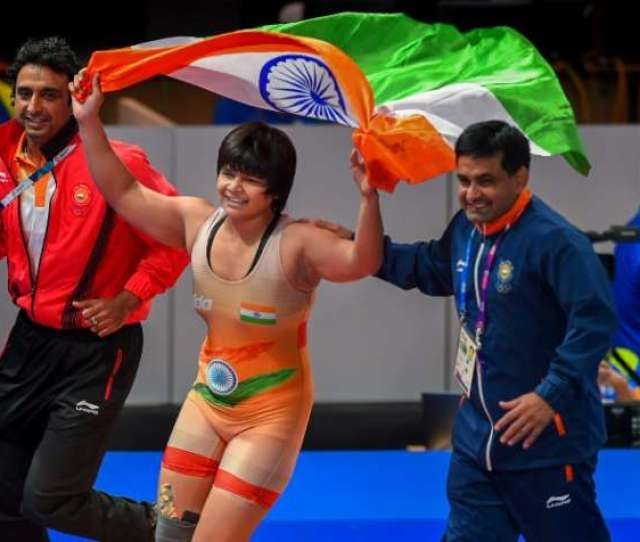 Asian Games  Divya Kakran Bags Bronze In Wrestling Event Other News India Tv