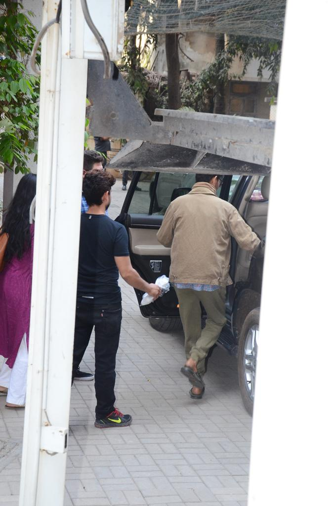 India Tv -  Irrfan Khan gets snapped outside Dinesh Vijan's office
