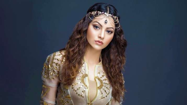 Urvashi Rautela on tweet plagiarism: Team behind celeb looks after social media posting