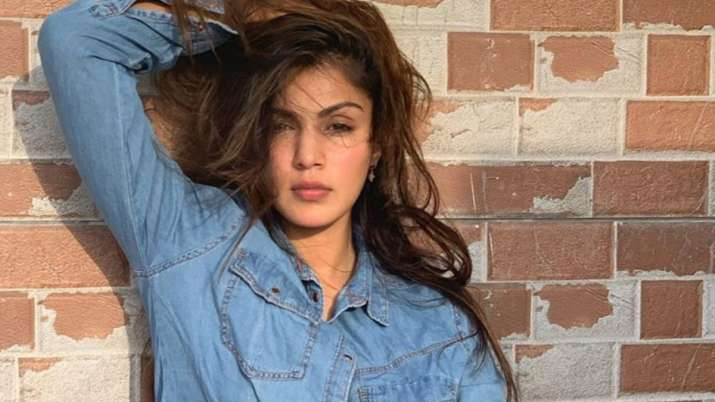 Sushant Death Case: Rhea Chakraborty, family have not received CBI summons, claims her lawyer