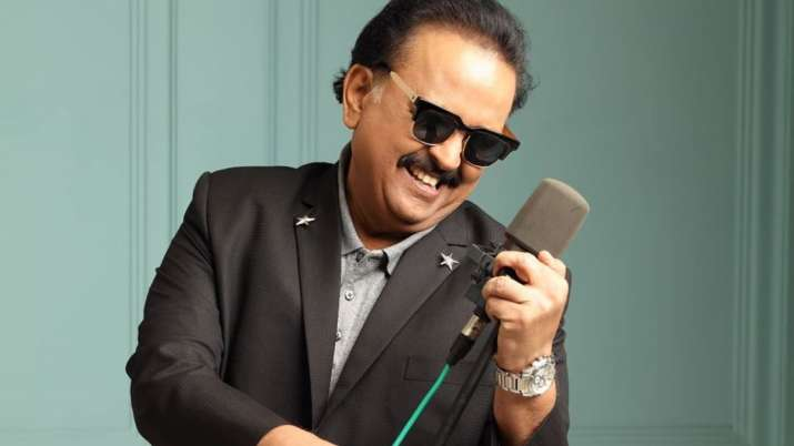 Singer SP Balasubrahmanyam's condition stable, continues to be on ventilator, says hospital