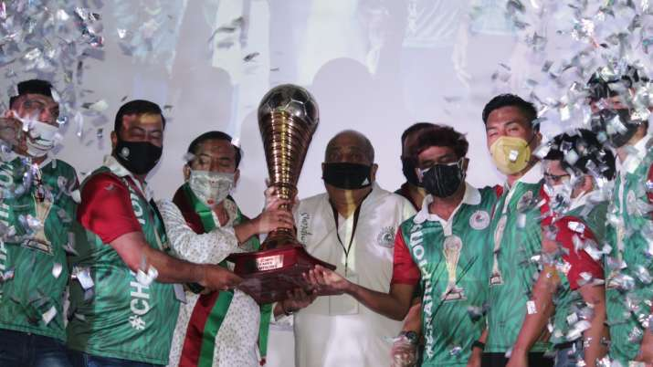 Mohun Bagan get I-League trophy after seven months, fan frenzy on streets