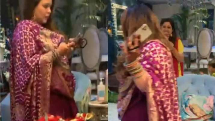 India Tv - Kapil Sharma's wife Ginni Chatrath