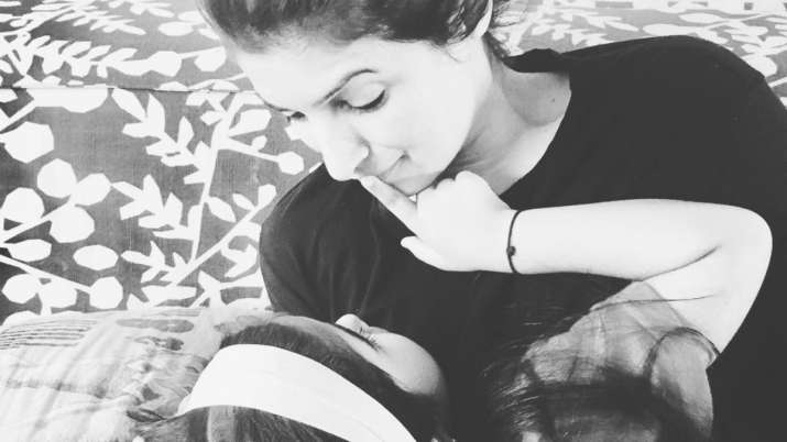 Twinkle Khanna pens thoughtful note on parenting as she shares adorable picture with daughter Nitara
