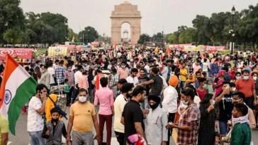 Delhi reports 17,000 new Covid cases