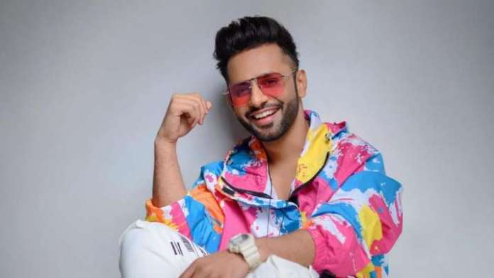 Rahul Vaidya's befitting response to those claiming he has paid fan base, watch video | Latest News Live | Find the all top headlines, breaking news for free online April 28, 2021
