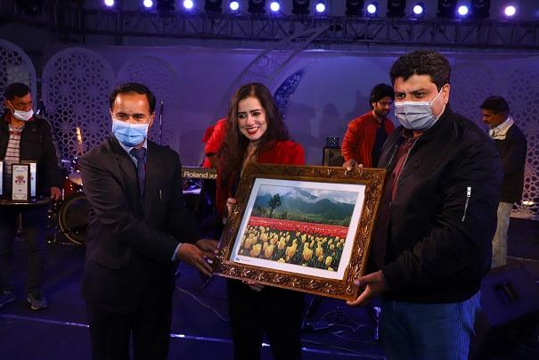 India Tv - Jammu and Kashmir's Tulip Festival 2021