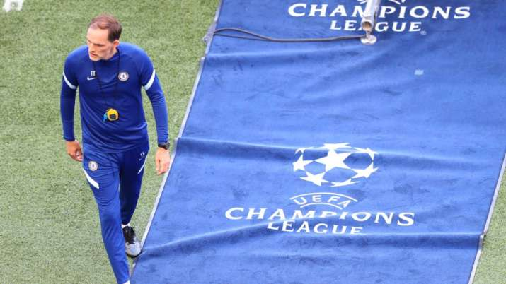 India Tv - homas Tuchel, Chelsea manager watches before the Chelsea FC training session before the UEFA Champions League final between Manchester City and Chelsea FC at the Estadio do Dragao on 28 May