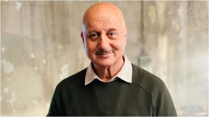 Anupam Kher says he lost 80,000 followers in 36 hours, asks twitter if 'there is a glitch in app'