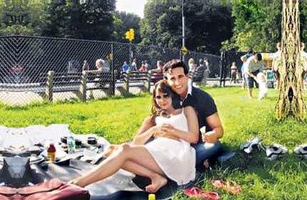 India Tv - Kim Sharma and Carlos Marin
