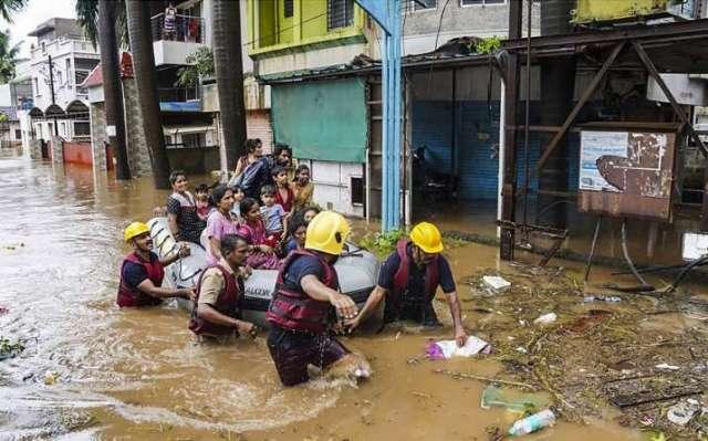 महाराष्ट्र में बारिश ने कहर बरपाया;  6,000 यात्री फंसे passengers