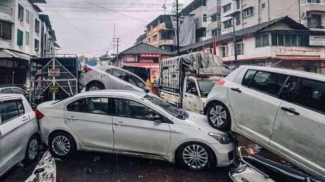 इंडिया टीवी - महाराष्ट्र में बाढ़, महाराष्ट्र में बारिश, भूस्खलन, रायगढ़