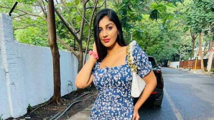 कार दुर्घटना के बाद अभिनेत्री याशिका आनंद की हालत नाजुक