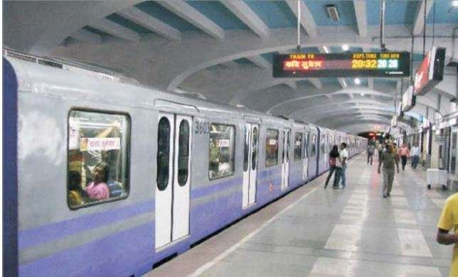 India Tv - Kolkata became the first Indian city to get a metro rail system in 1984, followed by the Delhi Metro in 2002