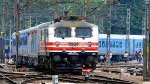 2-3 घंटे पहले पहुंचेंगी 'क्लोन' ट्रेन, कल से चलने वाली ट्रेनों का जानिए रूट, टाइमिंग समेत पूरा शेड्यूल 2