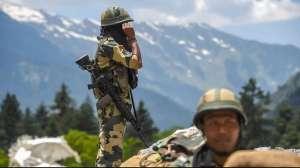लद्दाख: सेना हटाने की चीन की मांग पर भारत की दो टूक, कहा-पहले पैंगोंग नॉर्थ से पीछे हटो 2