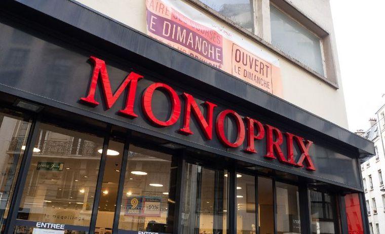 Monoprix 18 Salaries Condamnes Apres S Etre Rassembles Devant Un Magasin