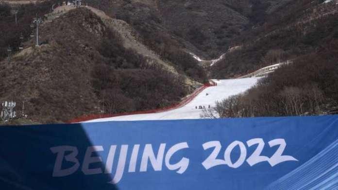चीन ने संयुक्त राज्य अमेरिका को शीतकालीन ओलंपिक का बहिष्कार न करने की चेतावनी दी