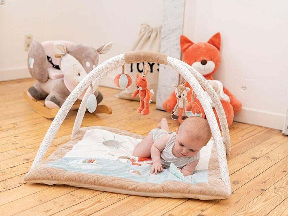 https www doctissimo fr bebe puericulture jouets de bebe selection tapis eveil