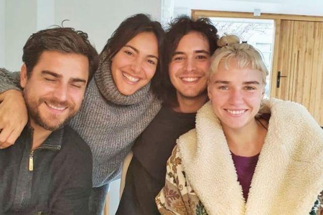 Andrea es madre de Tomás Frigerio (izquierda) y Josefina Bocchino (derecha). Su hijo mayor está casado con Estefanía Couture de Troismonts, con quien tuvo a Olivia, Ramón y Jacinta. Fini está de novia con Ignacio Crespo Campos y vive con él en Europa desde hace tres años.