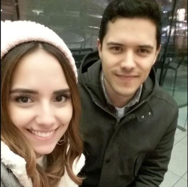 María junto a su hermano, Josué
