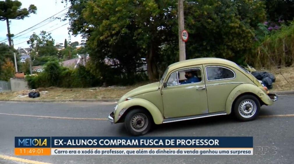 El Volkswagen Beetle de 1972, propiedad del docente jubilado Marcelo Siqueira.