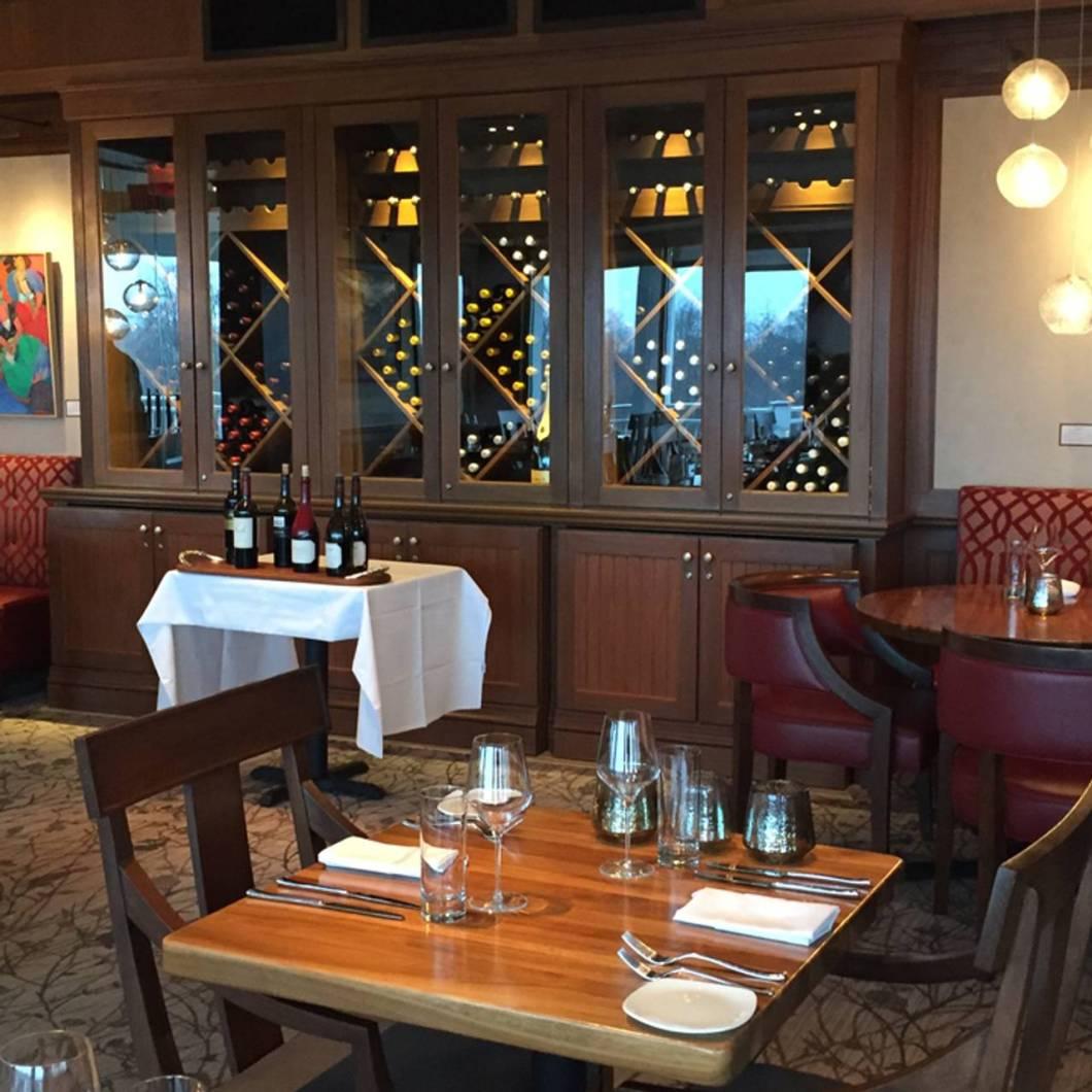 The Good Table Restaurant Cape Elizabeth Maine Wallseatco