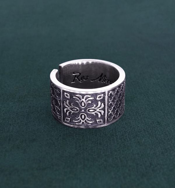 Ring or ring inspired by oriental zelliges and d'handcrafted 925 silver arabesques side view | Res Mirum