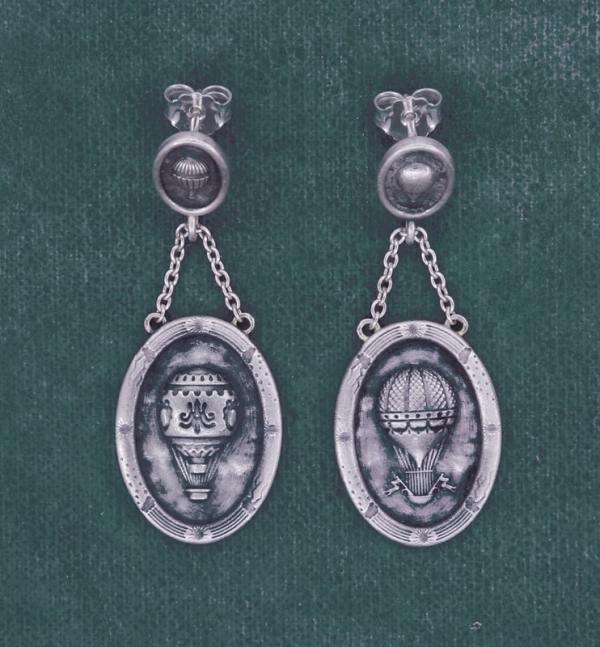 Boucles d'oreilles ovales petites montgolfières dans l'esprit Marie-Antoinette & Versailles en argent fait main en France | Res Mirum