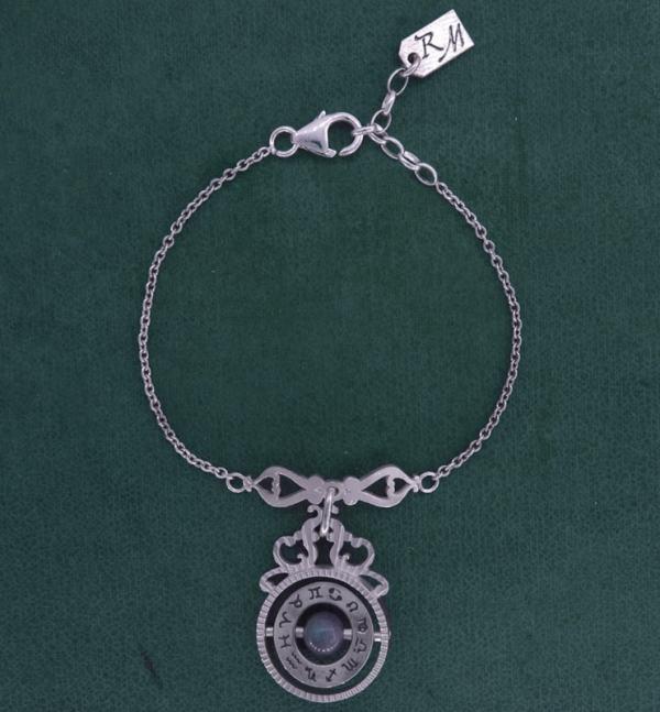 Bracelet inspiré d'instruments scientifiques d'astronomie ancienne avec labradorite en argent fait main en France | Res Mirum
