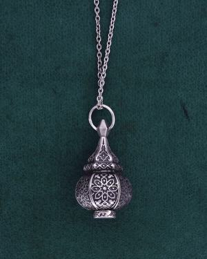 Sterling silver mini lantern pendant inspired by l'Maghrebian handicraft made in France | Res Mirum