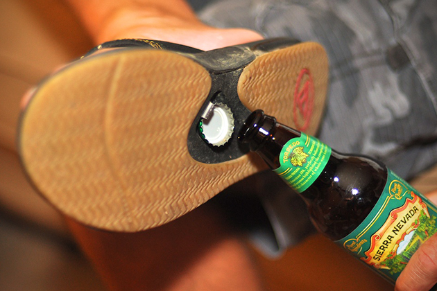 Reef-Bottle-Opener-Sandals