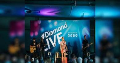Lauren Alaina Serenades Diamond Resorts Members at Private Concert