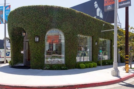 LaLa Land Retail, Melrose