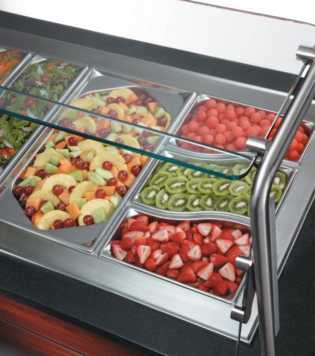 Vollrath Super Shape Food Pans enhance serving presentations