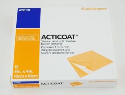 ACTICOAT. Apósito de barrera antimicrobiana de plata nanocristalina de 70ppm con actividad de 3 días. 10x10cm.  Caja c/12
