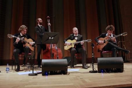 Gitarrfest för Django Reinhardt-älskare med Gustav Lundgren trio