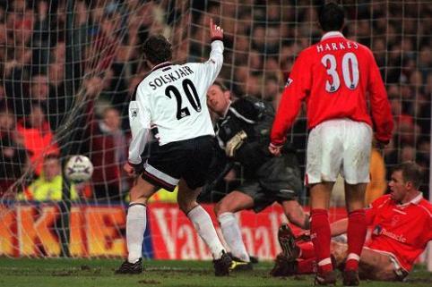 Nott'm Forest v Man Utd, 1998/99 | Premier League