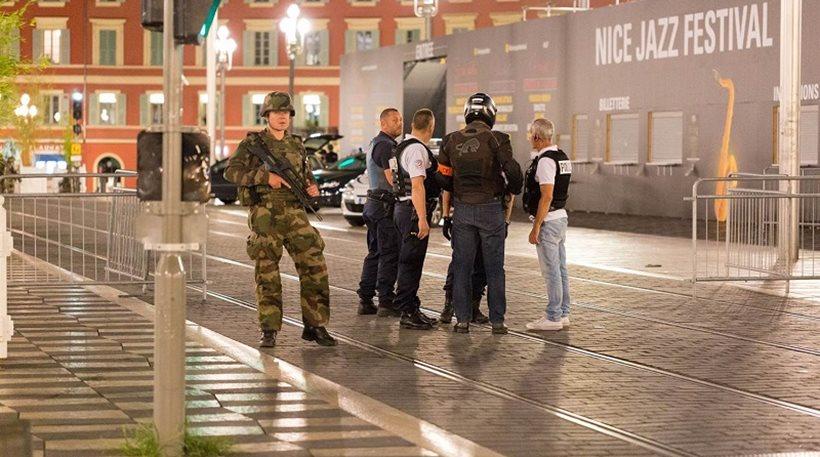 Απίστευτη δήλωση στη Νίκαια: Η επίθεση χάλασε το ταξίδι μου για ψώνια!