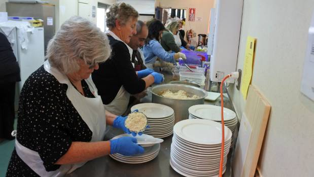 Volunteers worked tirelessly in the kitchen to provide more than 100 Syrian lunches.